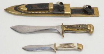 Hirschfänger mit Beimesserohne Hersteller, Stahl und Messing, blanke Klinge, Hirschhorn-Griffschalen