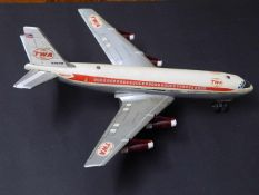 "Boing Super Jet ""TWA"", Marx Toys, Made in Japan, mit Batterieantrieb, etwas verbeult"