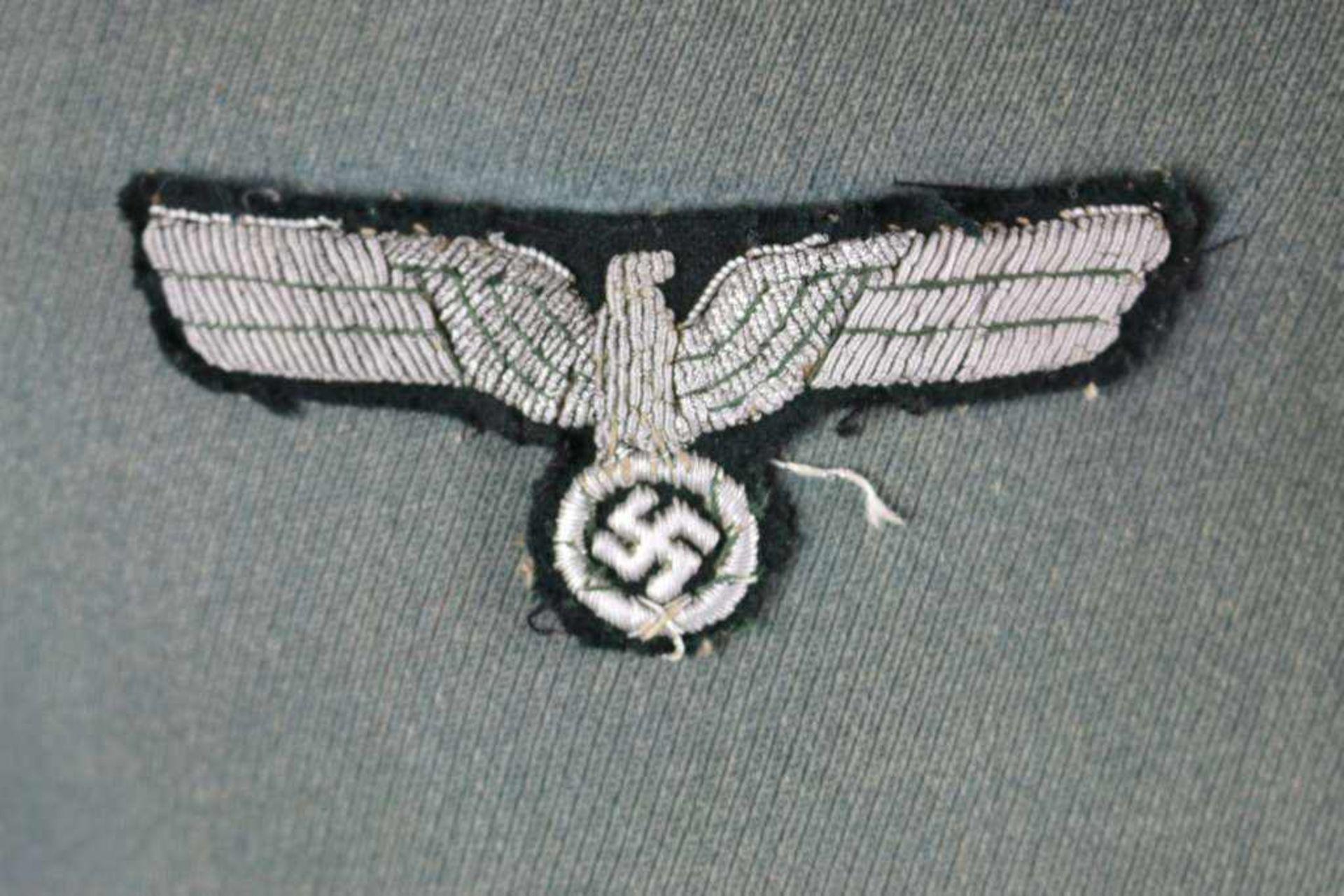 Wehrmacht Heer Waffenrock und Schirmmütze eines Kompaniefeldwebels der 1. Kompanie Panzerregiment 1. - Bild 4 aus 17