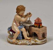 """Meissenfigur um 1850""""Engel am Kaffeefeuer"""", blaue Schwertermarke Meissen, Malernummer 23, die"""