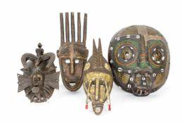 Afrikanische Masken4-tlg., Kpelie-Totenmaske, Senufo, Kongo-Maske Balabu und Bambara aus Mali, 20.