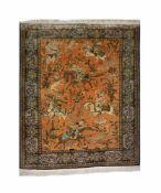 Ghom mit JagdmotivenSeide auf Seide, 167 cm x 110,5 cm, durch Reinigung ausgeblichen, rückseitig