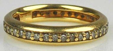 RING rundum besetzt mit Diamanten gesamt 0,5ct, in Gelbgoldfassung 14ct, 4g, Gr.54