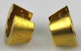 PAAR CREOLEN kleine klappbare Bögen mit gebogtem Stecker in Gelbgold 14ct, 6,98g, D 15mm