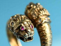 3 verschiedene Ringe in Tierform, 20. Jh. 1.) Silber vergoldet mit farblosen Farbsteinen konturiert.
