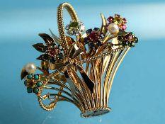 Plastische Blumenkorb-Brosche mit Brillant,- Perlen- und verschiedenen Edelsteinen u.a. Turmalin,