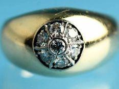 Massiver Bandring mit 7 Altschliff-Diamanten, zusammen ca. 0,2 ct, Goldschmiedearbeit, 80-er