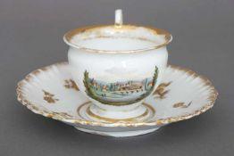 MEISSEN Tasse mit UntertassePorzellan, 1. Hälfte 19. Jhdt., Tasse in Empire-Form, schauseitig