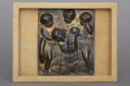 MEISTER A.B. Reliefplakette ¨Engelpietà¨Bronze mit dunkler Patina und Resten alter Vergoldung,