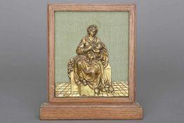 Bronzerelief des frühes 16. Jahrhunderts ¨Thronende Madonna mit Kind¨vergoldet, Mittelitalien,