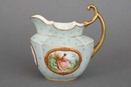 E. HONORÉ, PARIS Porzellan Milchkännchen19. Jahrhundert, mit handbemalten Genreszenen in ovalen