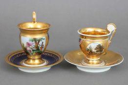2 Empire Tassen in Glockenformungemarktes Porzellan, 1x beidseitiges Landschaftsdekor, handgemalt,