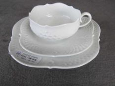 Kaffeegedeck Meissen Schwertermarke dreiteilig- - -20.00 % buyer's premium on the hammer price19.