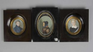 MiniaturenZwei Damen- und 1 Herrenportrait. 3 Miniaturmalereien. Bis 7,5 x 6 cm.