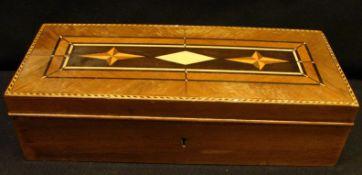 Holzkiste mit Einlegearbeiten, Nussbaum, H.ca. 6,5, B. 25, T. 10 cm- - -22.00 % buyer's premium on