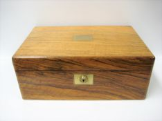 "Schreibkassette, England, 19. Jahrhundert, sign. ""S. Mordan & Co London"", Edelholz, Schlüssel fehlt,"