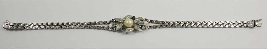 Armband mit Perle und 4 Saphiren, 835 Silber, Venedig / Italien, , Gew.12,44g, floral gestaltetes