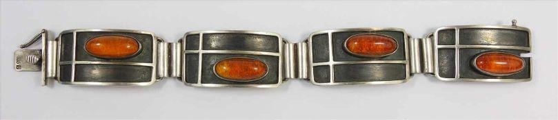 Armband mit Bernsteinen, 835er Silber, ungedeutete Punze JAK legiert, Gew.36,0g, 4 ovale