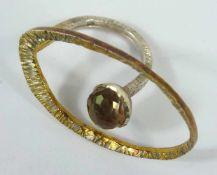Designer- Ring mit Amethyst, 925er Silber/vergoldet, Gew.6,76g, runder, facettierter Amethyst am