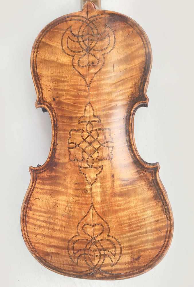 Lot 53 - 3/4 Violine, Frankreich, Paris, Anf. 19. Jh., Vuilaume Werkstatt, Maggini Model,