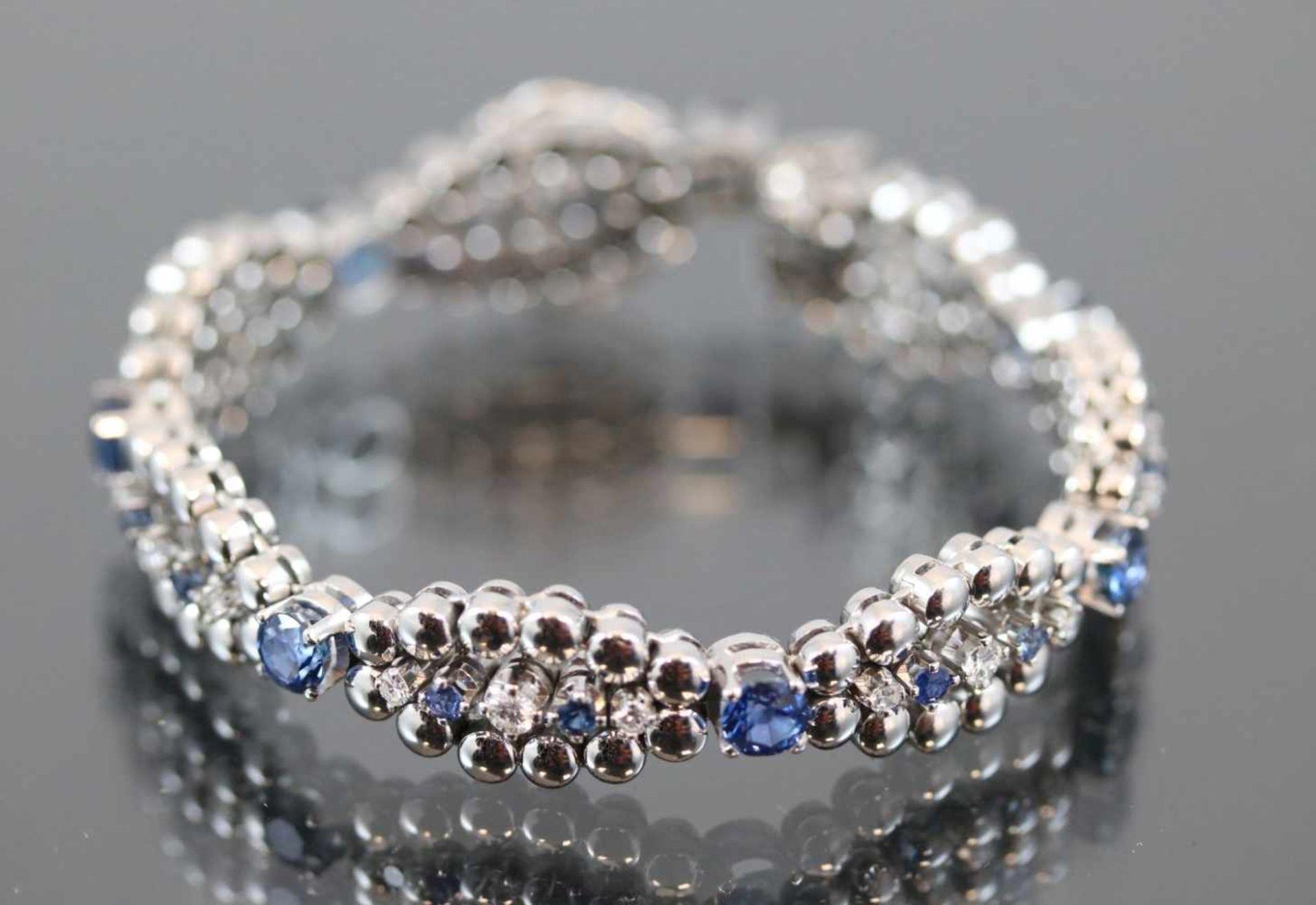 Los 42 - Saphir-Brillant-Armband, 750 Weißgold31,4 Gramm 7 Brillanten, 0,49 ct., tw/vsi. Länge: 16 cm