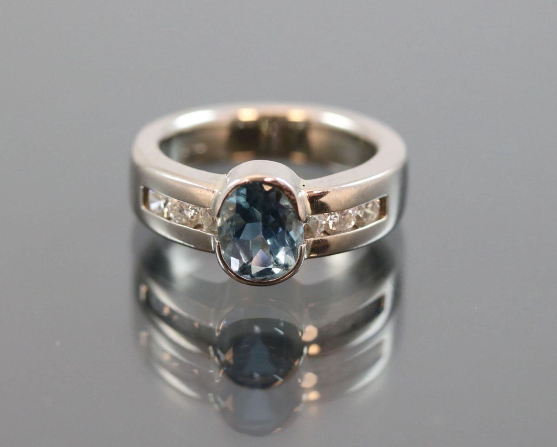 Aquamarin-Brillant-Ring, 585 Weißgold8,50 Gramm 6 Brillanten, 0,42 ct., tw/vsi. Ringgröße: