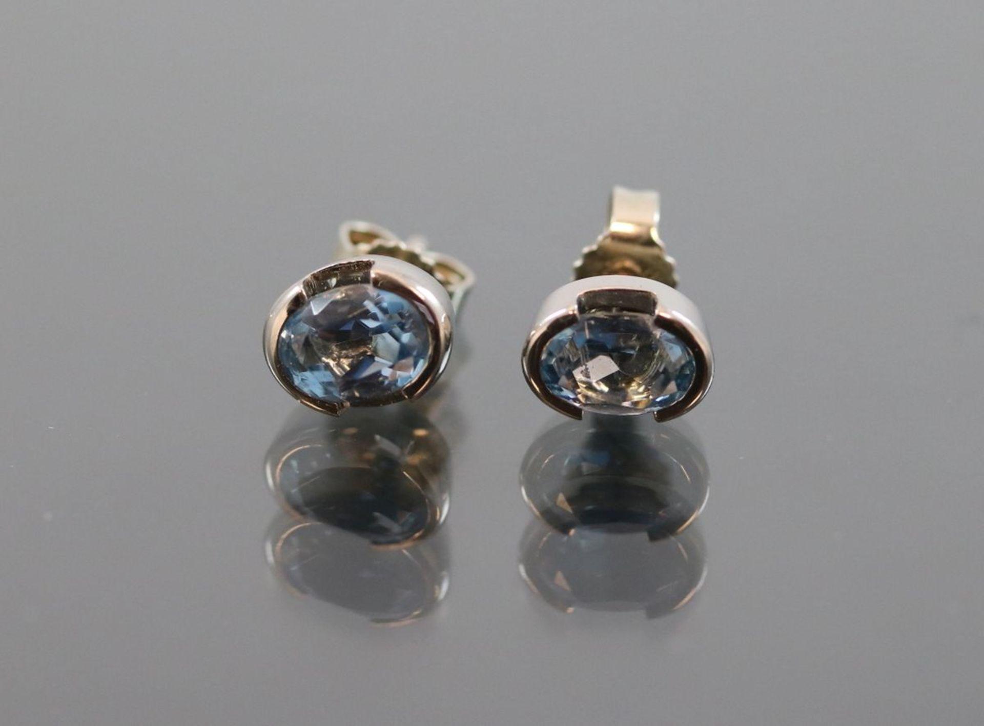 Aquamarin-Ohrringe, 585 Weißgold2,70 Gramm 2 Aquamarine, 0.40 ct., Schätzpreis: 800,-