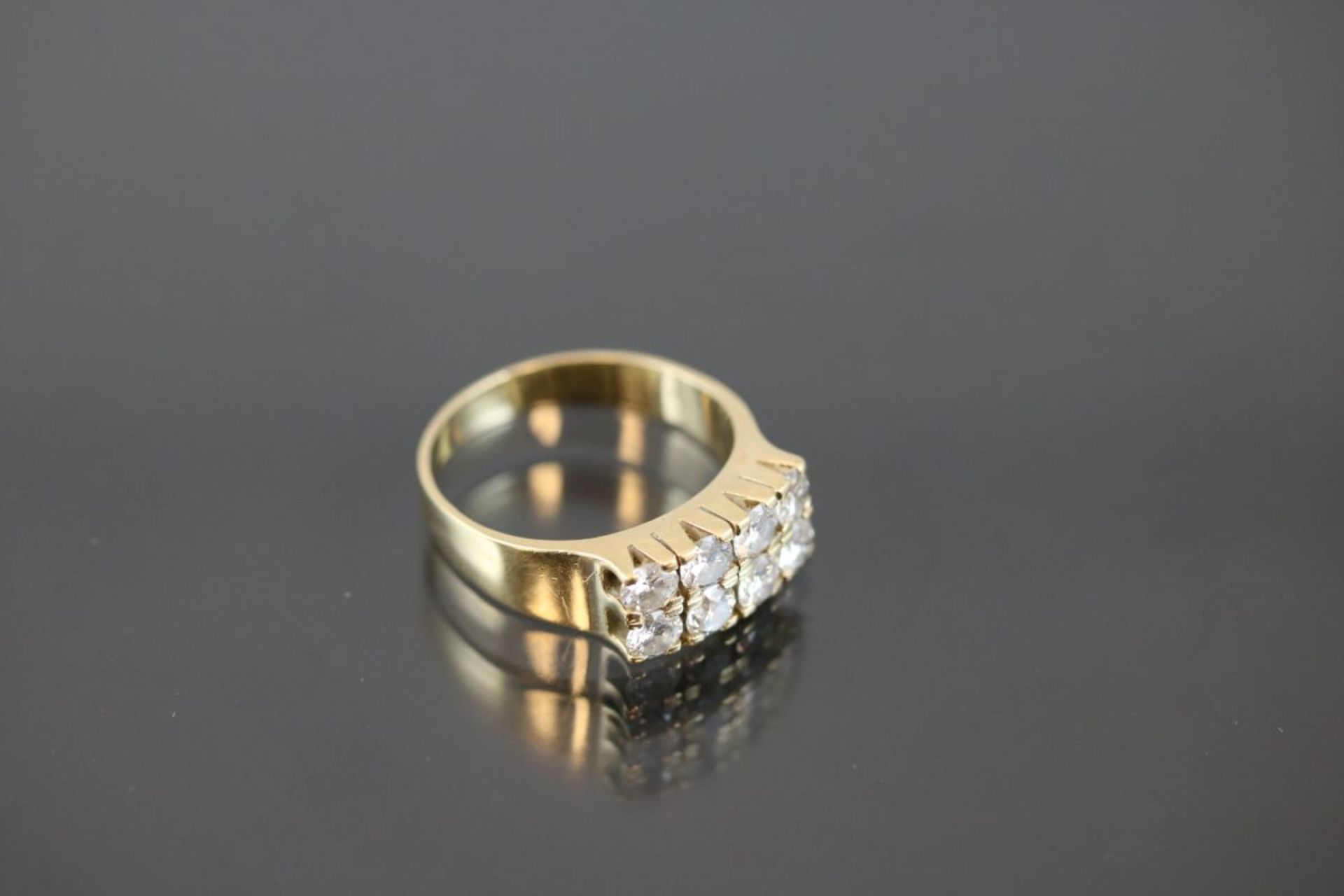 Brillant-Ring, 750 Gold6,17 Gramm 8 Brillanten, ca. 1,76 ct., tw/si. Ringgröße: 56Schätzpreis: - Bild 3 aus 3