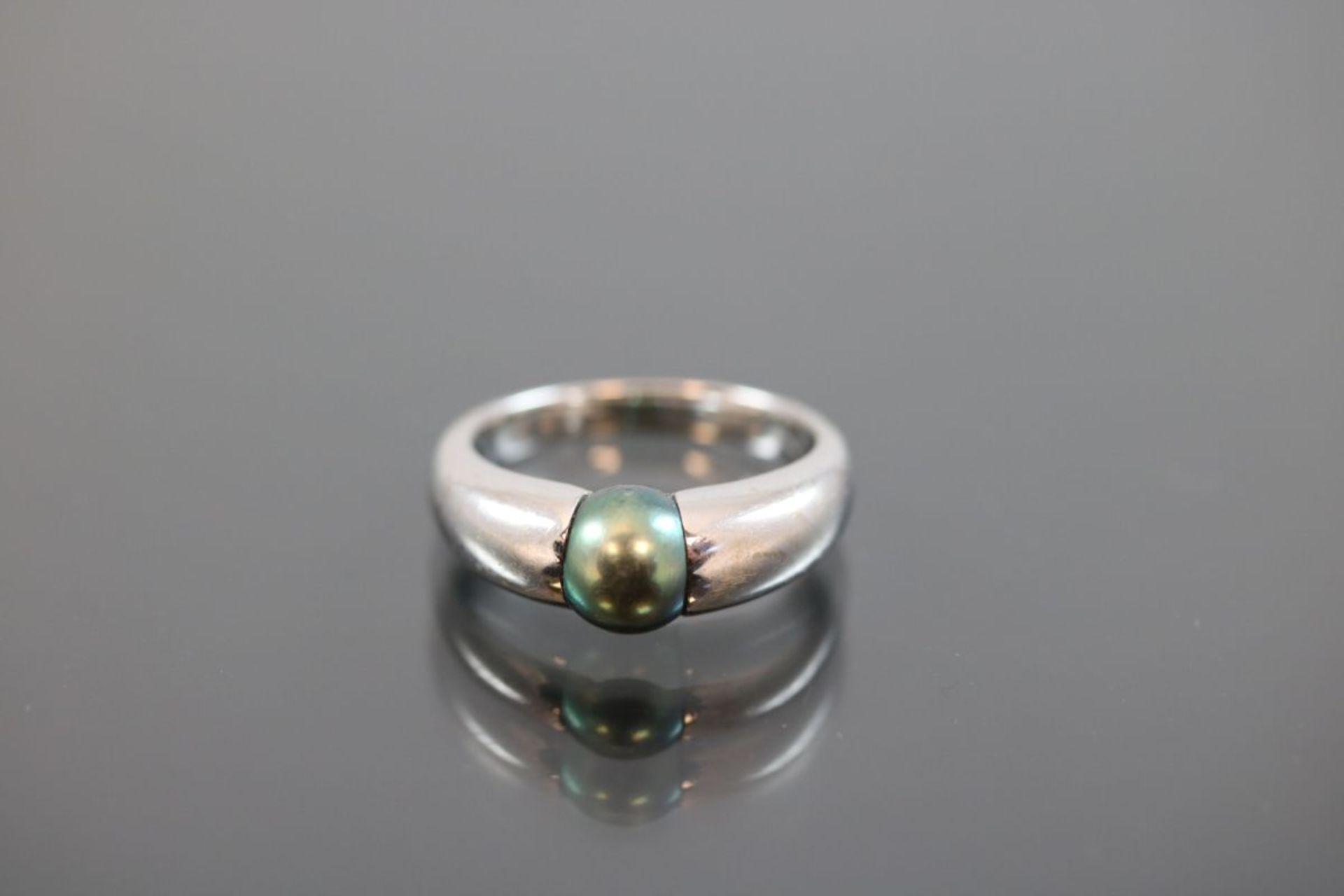 Tahiti-Perlen-Ring, 750 Weißgold7,1 Gramm 1 Tahitiperle, Ringgröße: 51Schätzpreis: 1600,-