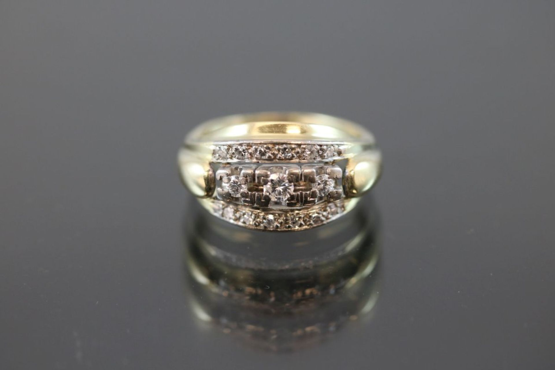 Brillant-Diamant-Ring, 585 Gelbgold4,9 Gramm Brillanten/Diamanten, ca. 0,30 ct., w/si. Ringgröße: