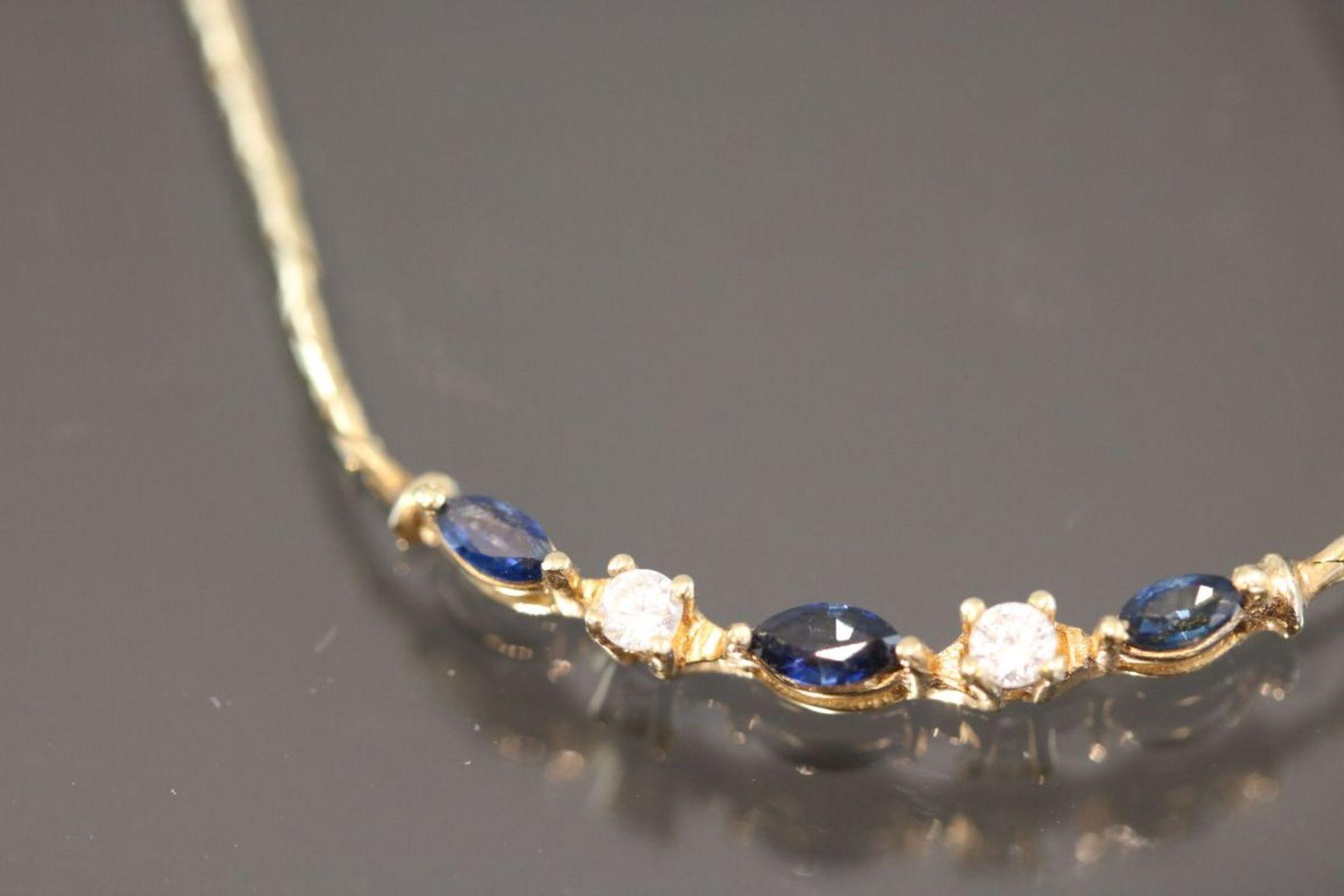 Saphir-Brillant-Collier, 585 Gold5,9 Gramm 2 Brillanten, 0,09 ct., w/si. Länge: 42 cm Schätzpreis: - Bild 2 aus 2