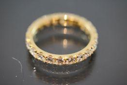 Brillant-Ring, 750 Gelbgold4 Gramm 21 Brillanten, 1,94 ct., w/si. Ringgröße: 55Schätzpreis: 6000,- -