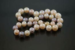 Harlekin-Perlenkette, Verschluss 585 Gold95,8 Gramm Tahitiperlen, Länge: 47 cm Perlendurchmesser: