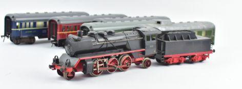 Dampf-Schlepp-Tenderlok E360, Lokschild BR 99221, Blech, 2 Reisezugwagen 1.u.2.Klasse, 1
