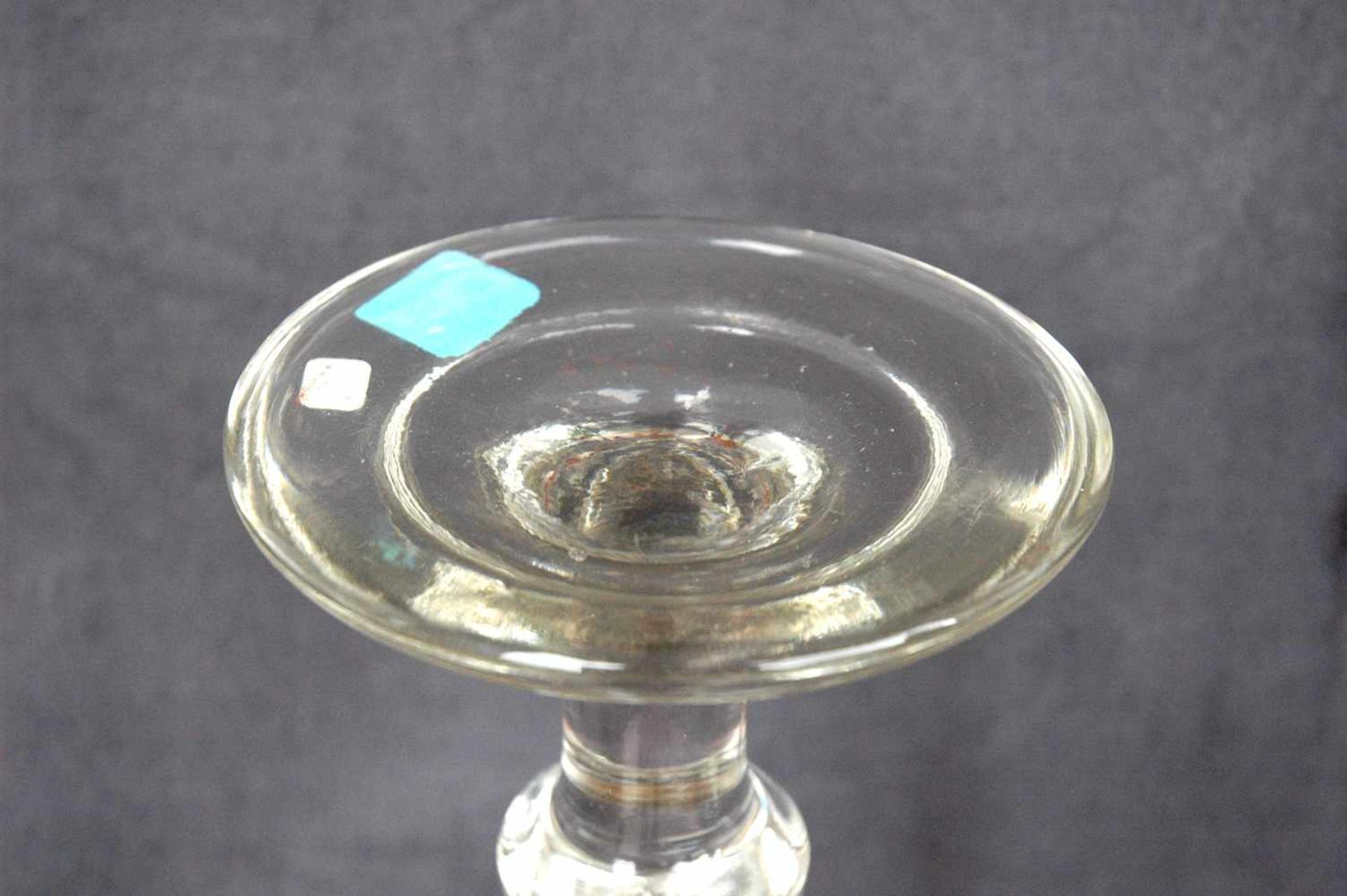Biedermeier-Glas: Fußschale mit weißem Emaille-Rand,h= 23,5 cm, Dm. Kelch= 18,5 cm - Bild 4 aus 4