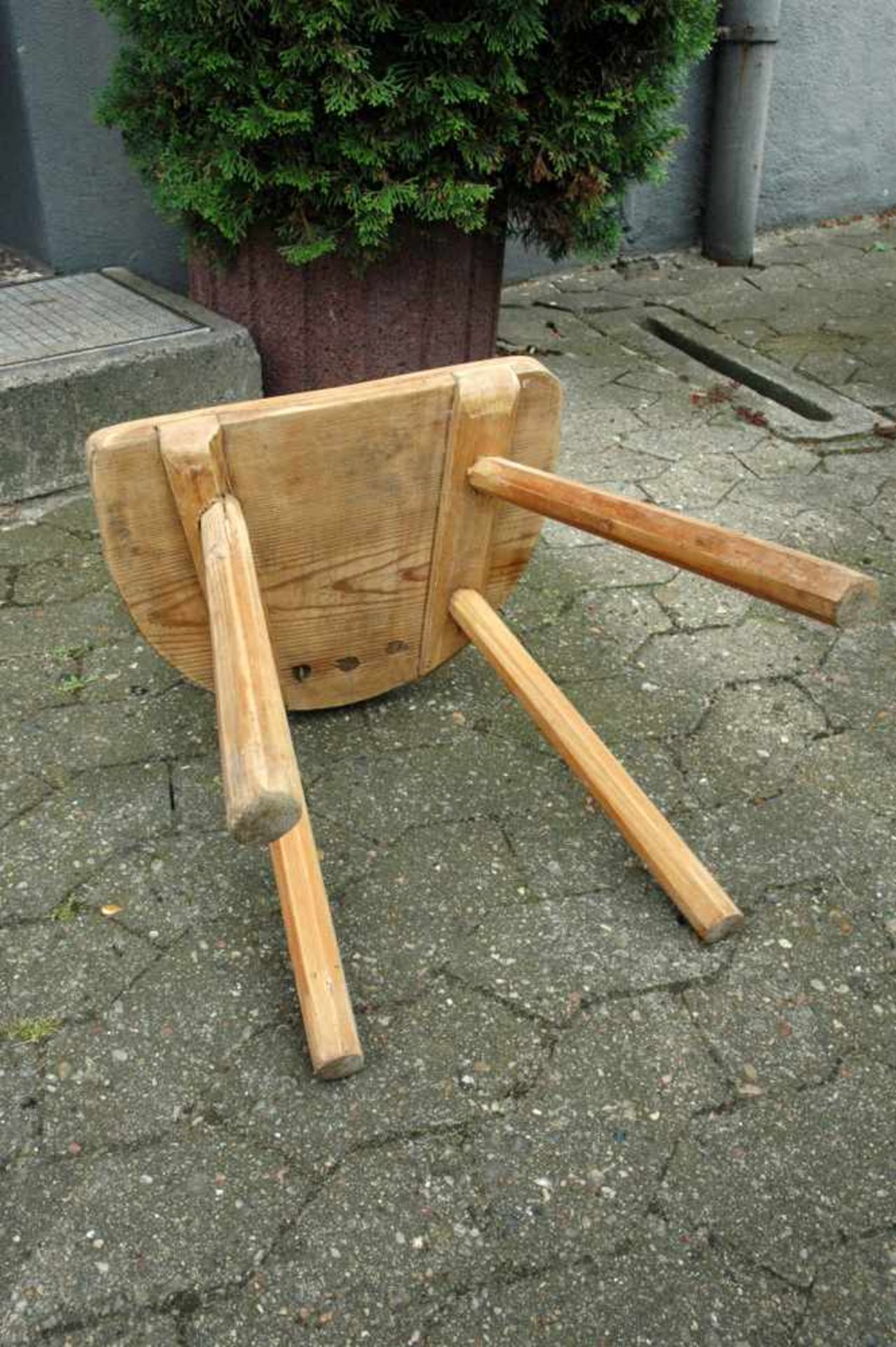 Schemel mit Lehne, Weichholz, Sitzhöhe 38 cm, h= 61 cm - Bild 3 aus 3