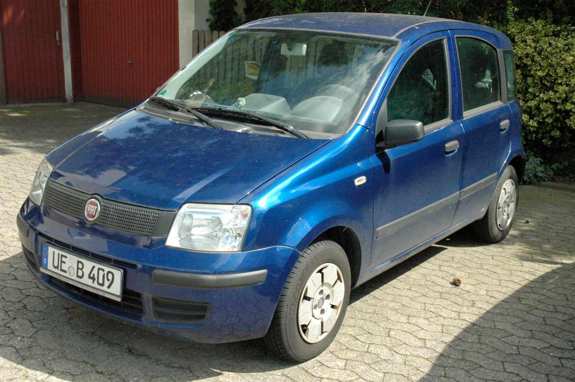 PKW, Fiat Panda, EZ 01.04.09, 40 kW, km-Stand: 130965m blau, TÜV 9/20, Benziner, Brief nicht