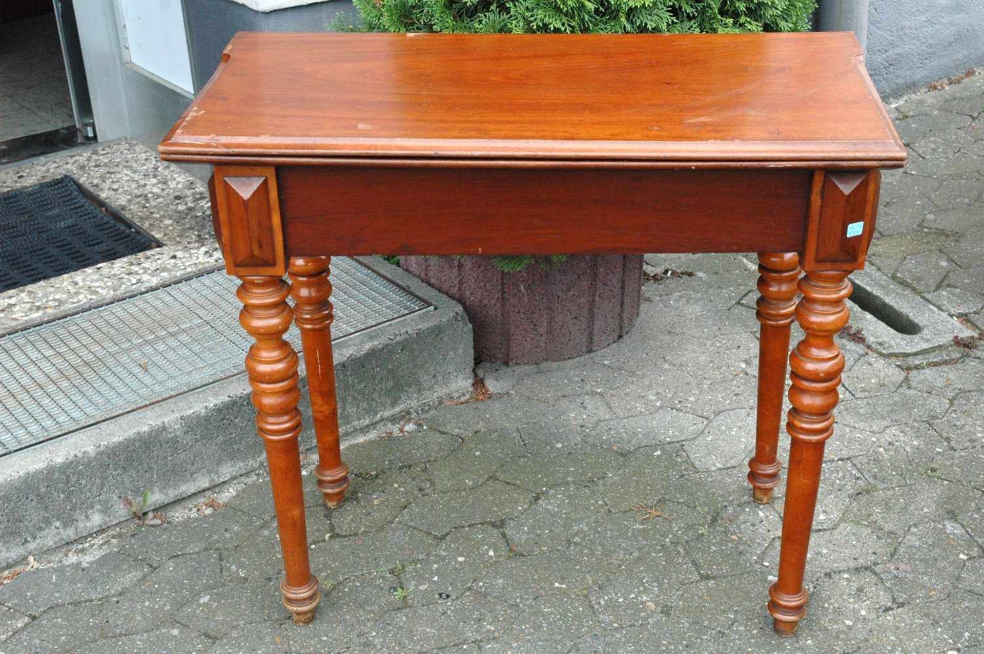 Spieltisch, Gründerzeit, Platte mit leichten Schäden, h= 76 cm - Bild 2 aus 5