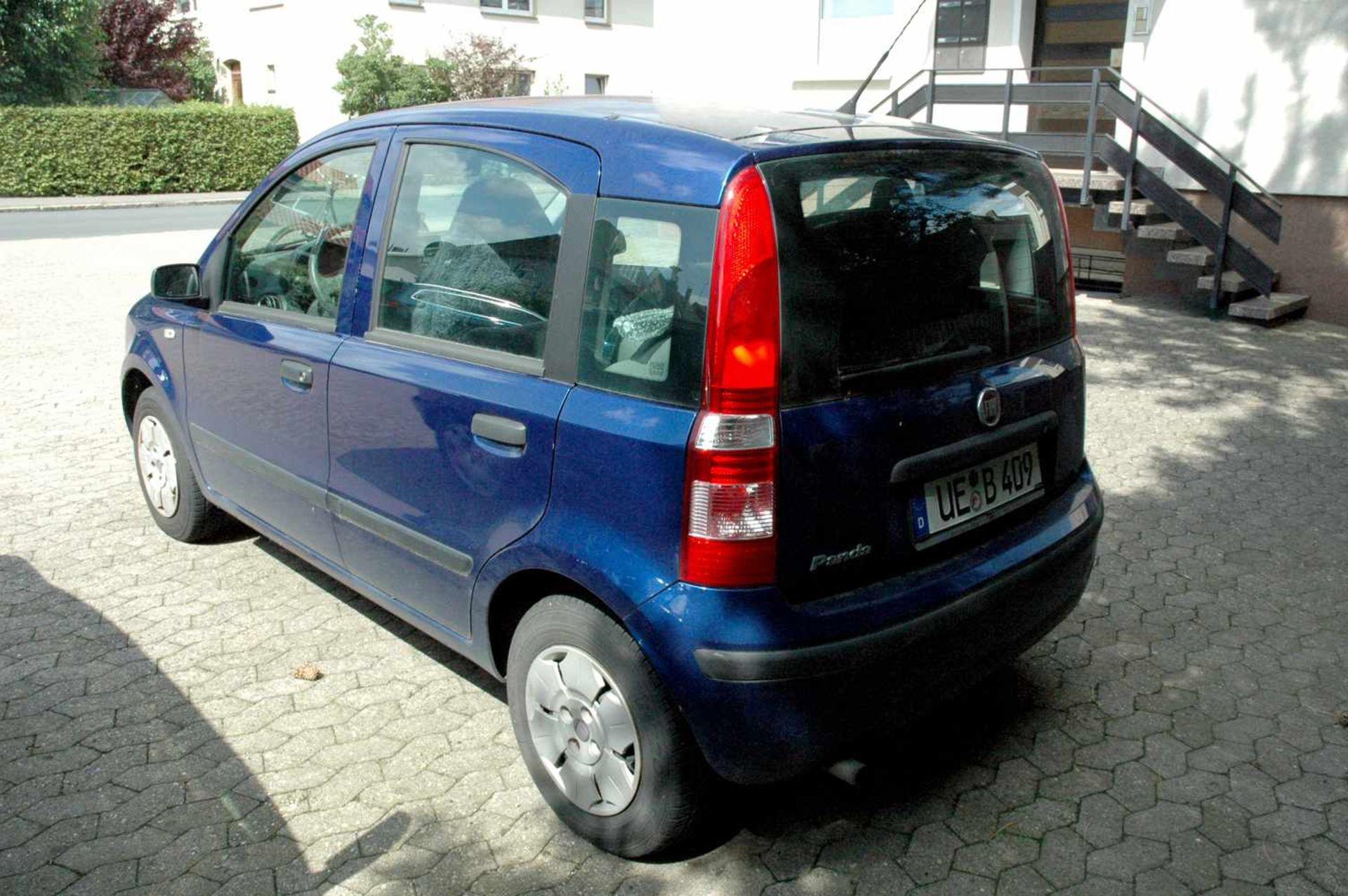 PKW, Fiat Panda, EZ 01.04.09, 40 kW, km-Stand: 130965m blau, TÜV 9/20, Benziner, Brief nicht - Bild 4 aus 9