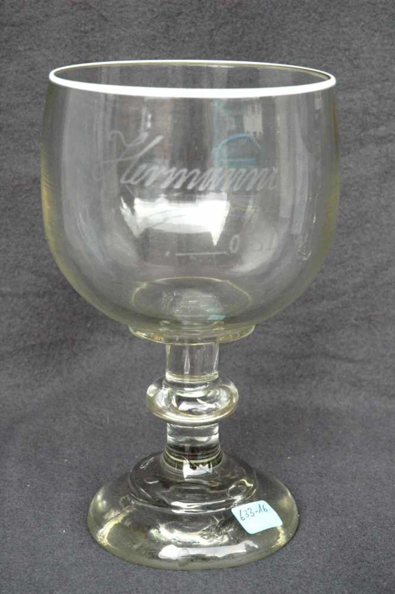 """Biedermeier-Glas: Berliner-Weiße-Glas, h= 21,5 cm, Dm. 12 cm, mit Eichstrich 0,3 l, """"Hermanni"""","""