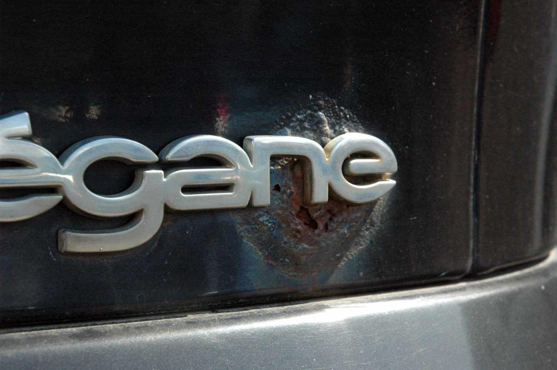 PKW, Renault Megane, EZ 06/99, schwarz - Bild 10 aus 10
