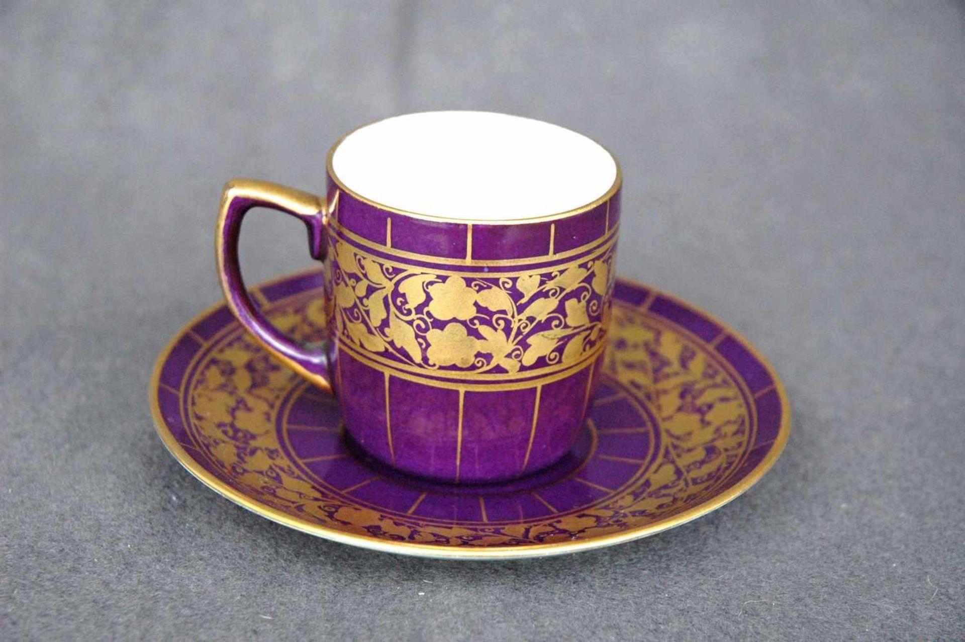 Mokkatasse, P&S, violett und gold