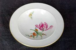 Schälchen, KPM Zeptermarke, faunales und florales Dekor, Goldrand, Dm. 13 cm