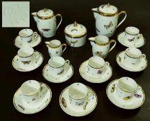 Kaffeeservice für 9 Personen. Kaffeeservice für 9 Personen. NYMPHENBURG um 1810. Dekor mit