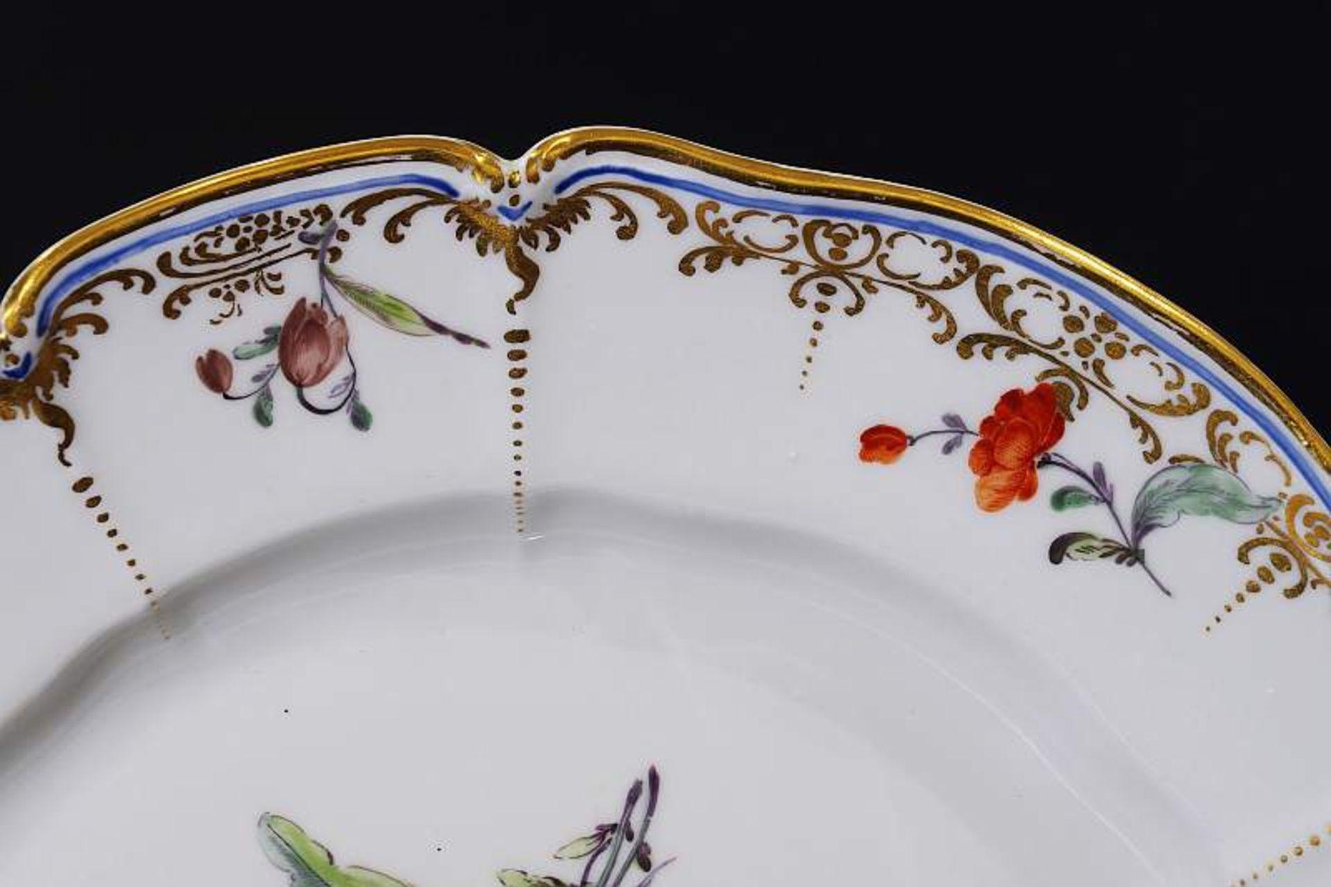Zierteller. NYMPHENBURG 18. Jahrhundert. Zierteller. NYMPHENBURG 18. Jahrhundert. Teller aus dem - Bild 4 aus 6