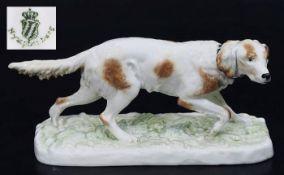 """Tierplastik """"Hühnerhund klein"""". Tierplastik """"Hühnerhund (klein)"""". NYMPHENBURG. Entwurf Pierre Jules,"""