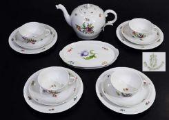 Teeservice für 4 Personen.Teeservice für 4 Personen. NYMPHENBURG Anfang 20. Jahrhundert.