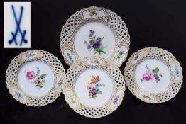 Vier Durchbruchteller. Vier Durchbruchteller. MEISSEN um 1880, 1. Wahl, farbige Blumenbemalung mit