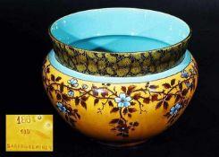 Cachepot. Sarregumines.Cachepot. Sarregumines/Utzschneider. Keramik, ockerfarbene Wandungmit