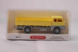Wiking 041201 Pritschen-LKW (Henschel HS 14/16), neuwertig, OVP- - -20.00 % buyer's premium on the